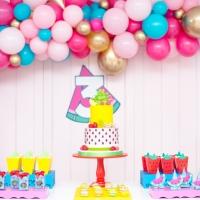 En la frutería de Isabella, se celebran sus 3 años!